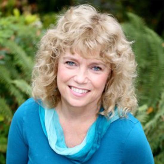 Meet Lynea Gillen